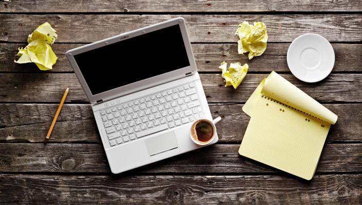 scrii pe blog.jpg